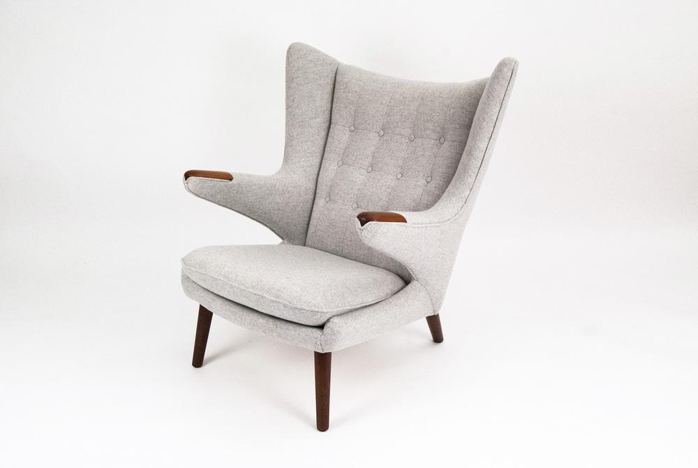 hans-j-wegner-ap-19-papa-bear-armchair
