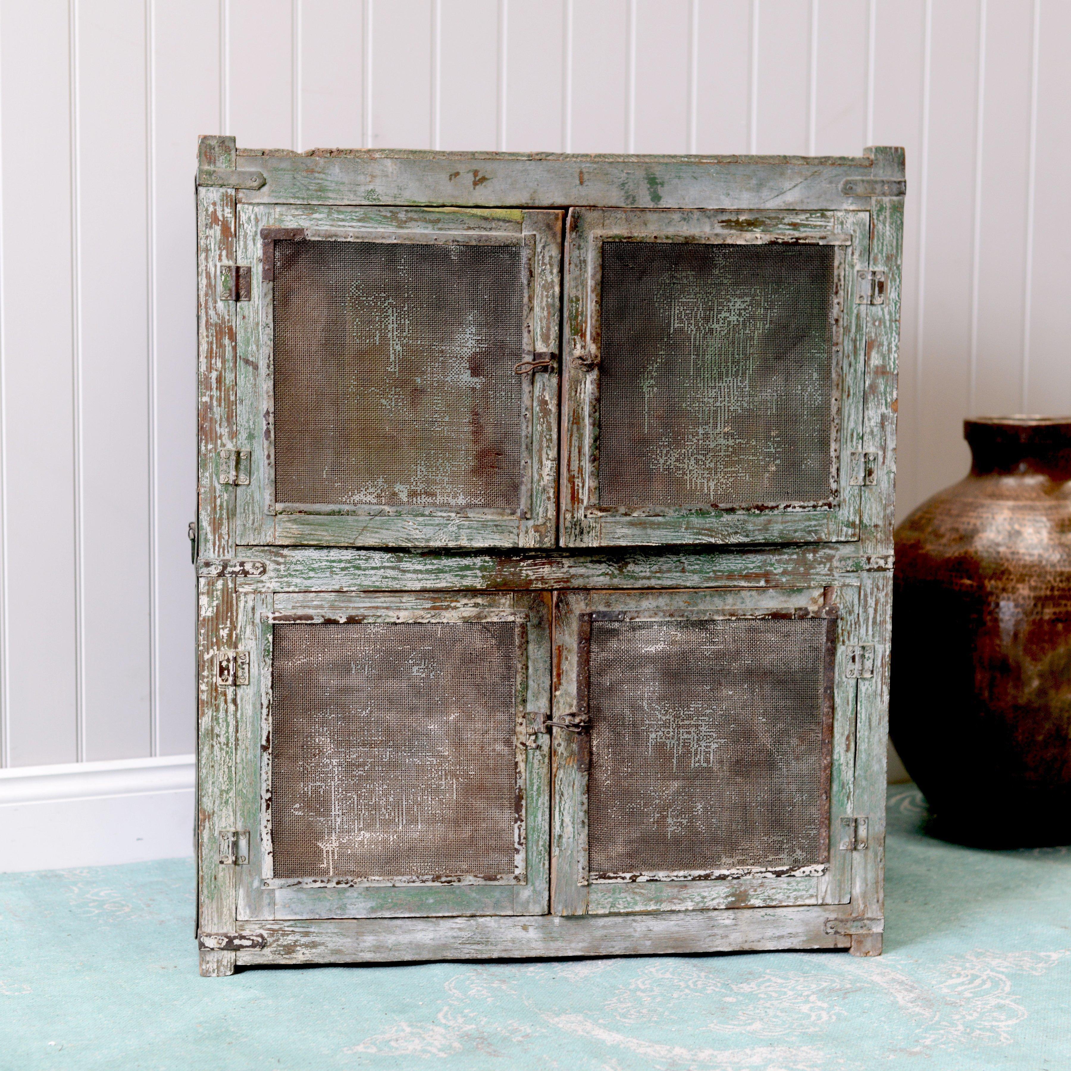 vintage-cabinet-113-752e66bd-fff7-4f14-b3c0-c40e893f471e.jpg