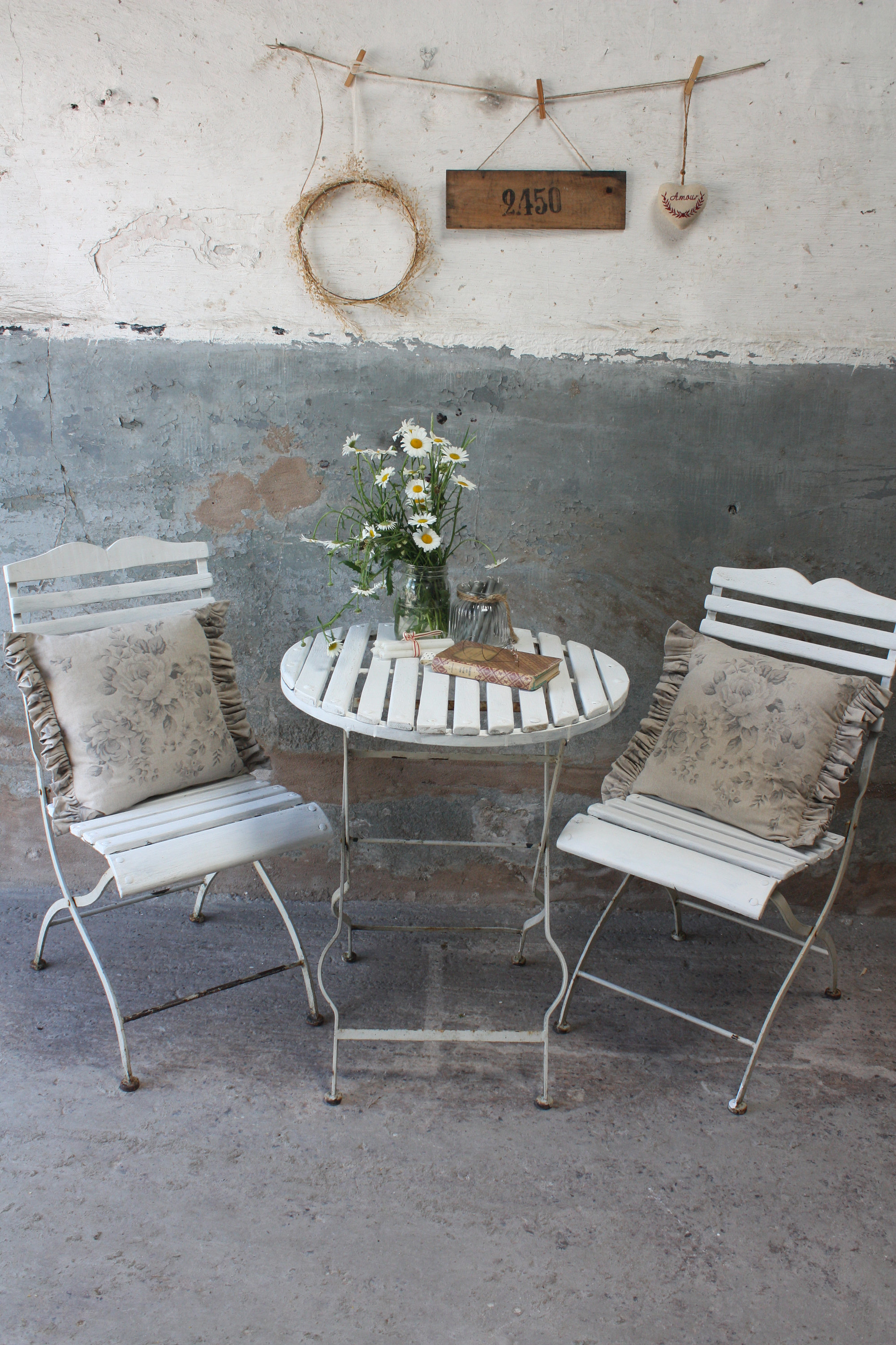 white-vintage-french-folding-bistro-set-garden-table-and-two-chairs