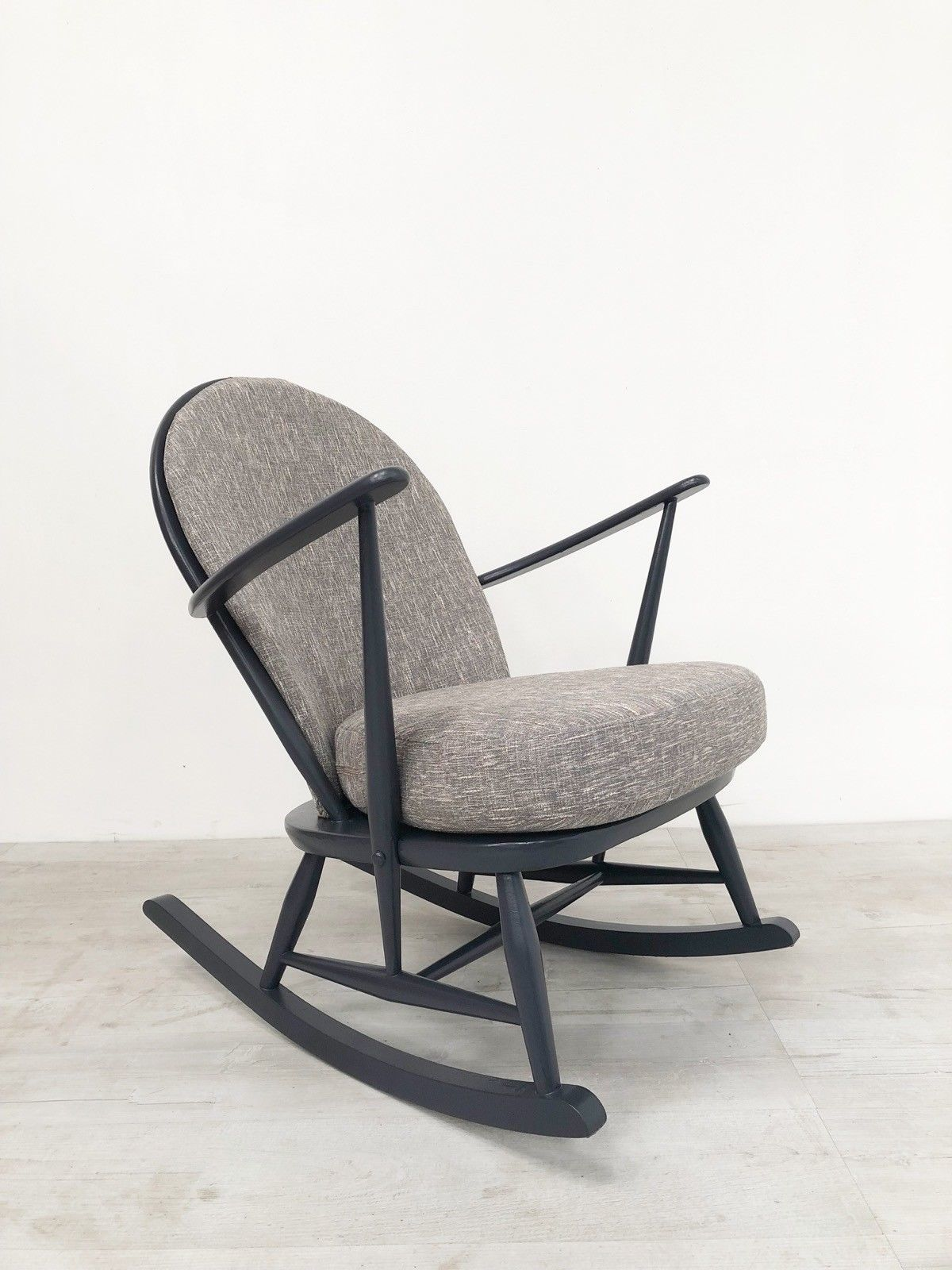 details-about-ercol-windsor-vintage-1960-s-rocking-chair-in-graphite-grey-with-new-cushions