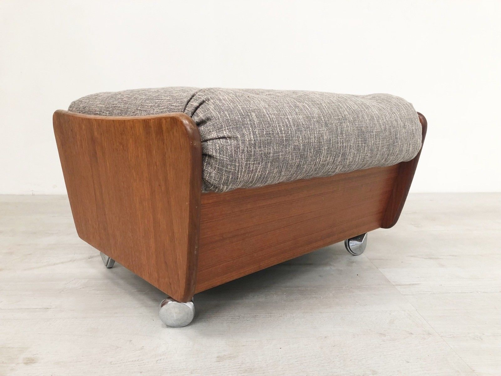 details-about-g-plan-vintage-saddleback-teak-70-s-mid-century-ottoman-footstool-re-upholstered