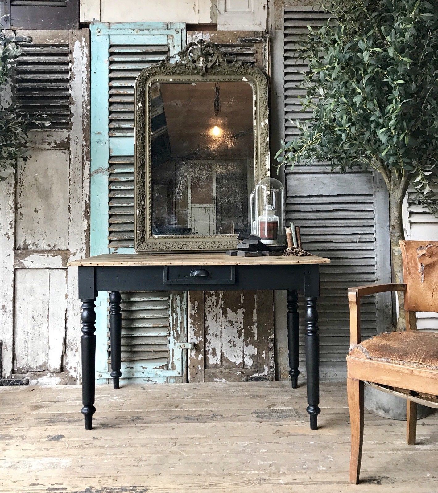 rustic-vintage-french-table-desk