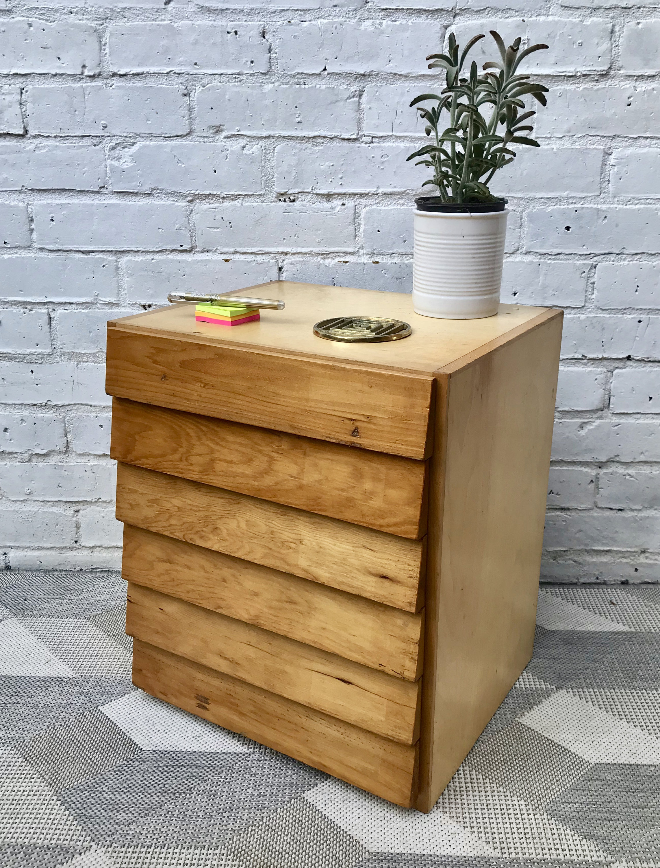 small-wooden-drawers-office-school-stationary-649