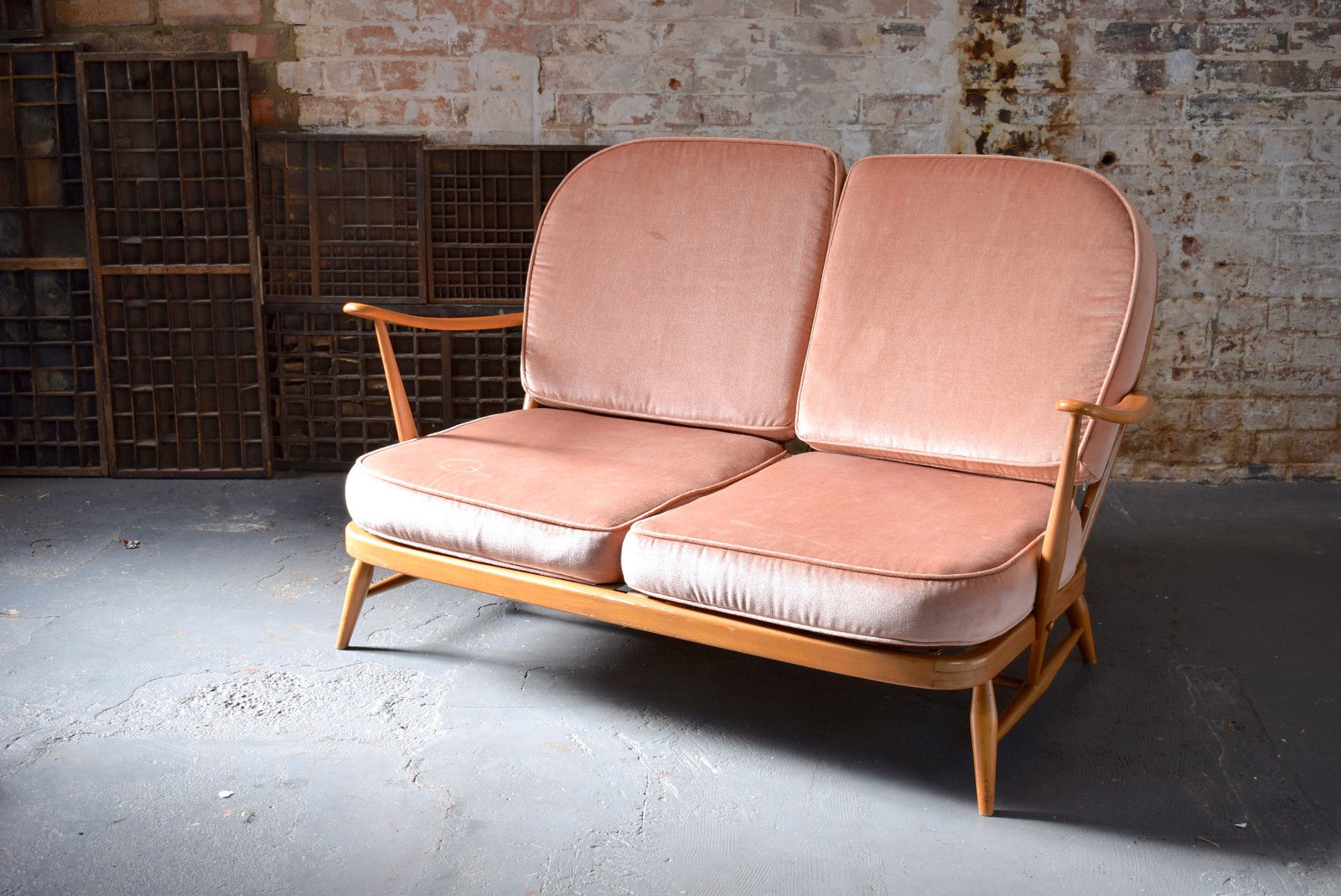 vintage-retro-mid-century-blonde-ercol-two-seater-windsor-sofa