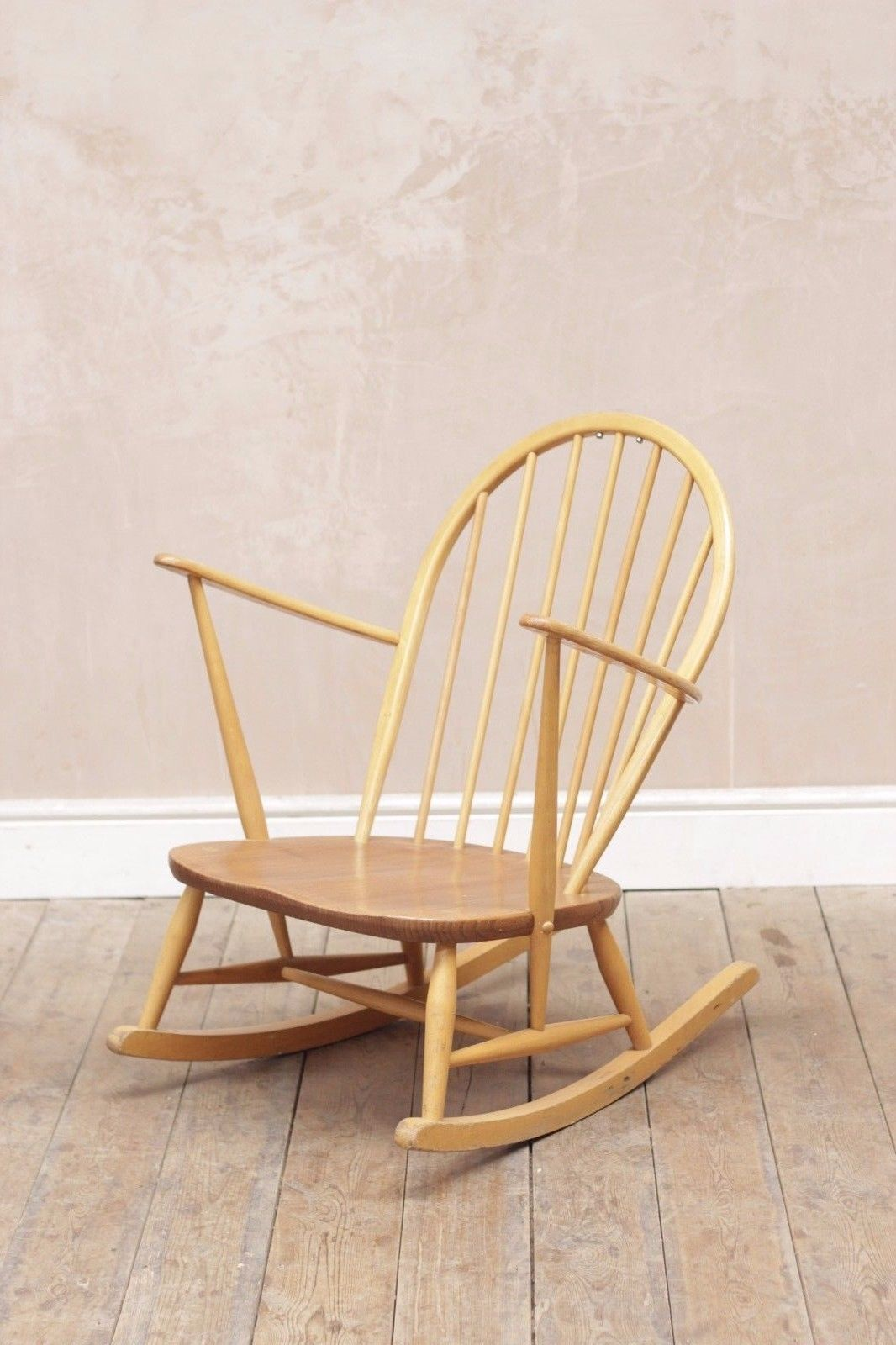 vintage-retro-mid-century-ercol-windsor-blonde-rocking-chair-medium