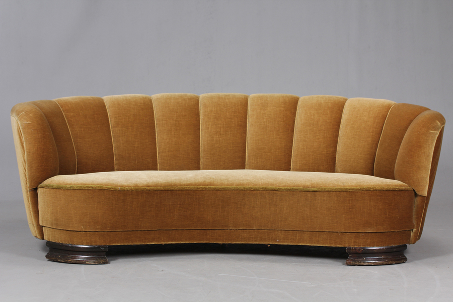large_danish-banana-sofa-1940-50-s-9317b334-b80e-4fb2-95d7-75d2d4943006