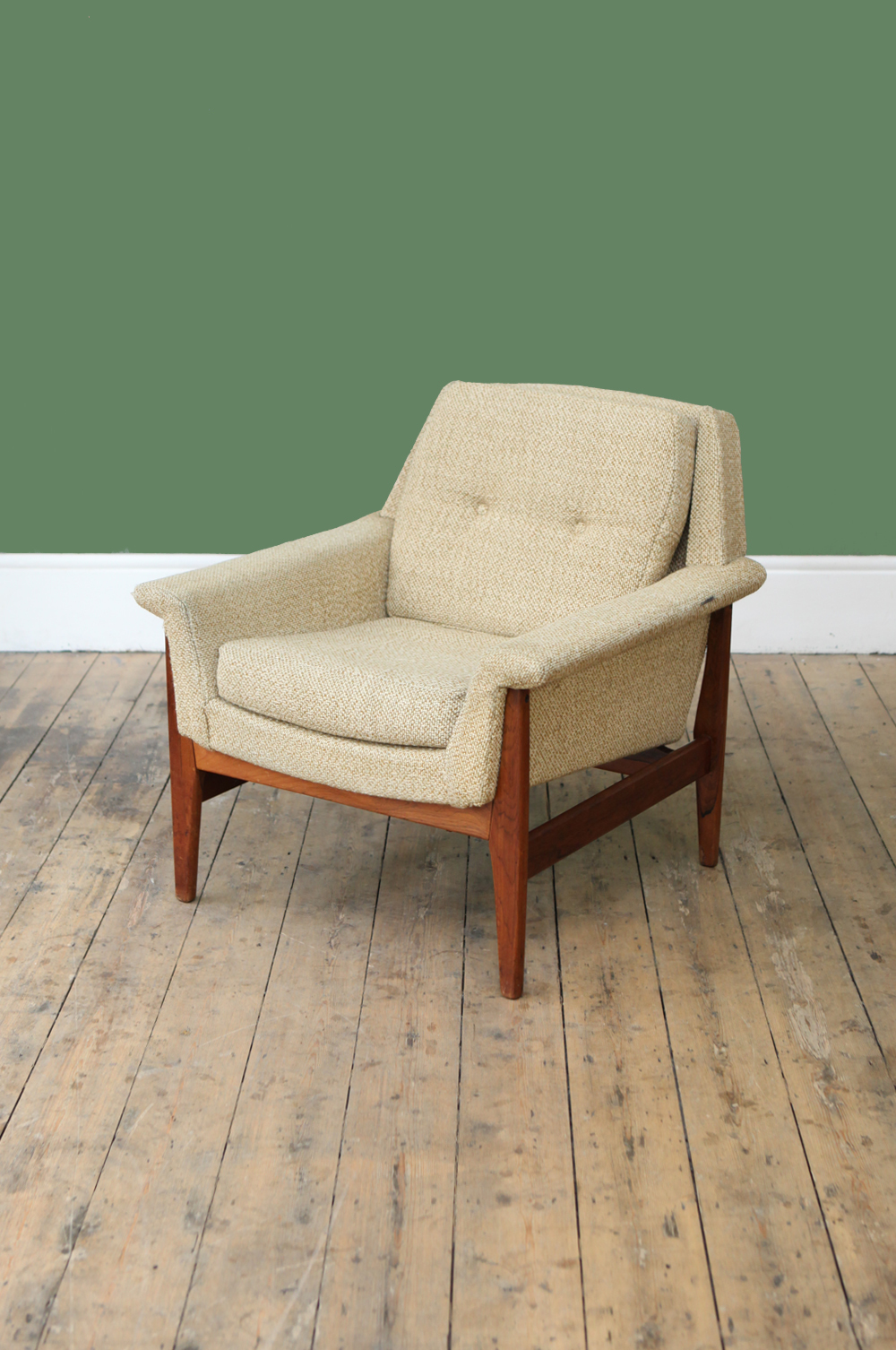striking-dutch-1960s-armchair
