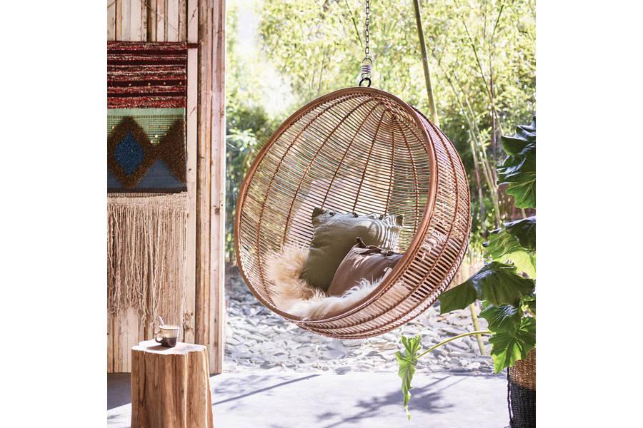 large_bali-rattan-hanging-ball-chair