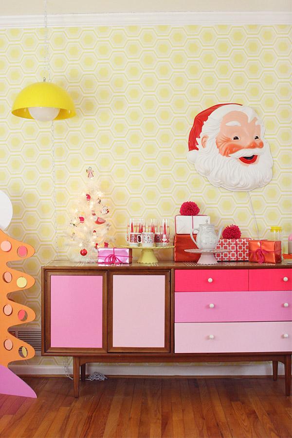 Danielle-Thompson-Christmas-decor-inspiration-Christmas-decor-ideas-Mollie-Makes