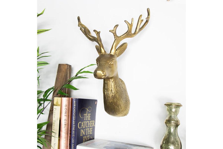 large_vintage-gold-wall-mounted-reindeer-head-b6a14989-093b-4681-9fbc-d1cd5d708c45