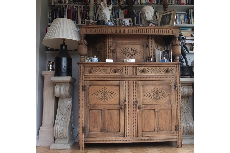 10 Stunning Antique Finds for Creating a Timeless Home - Vinterior