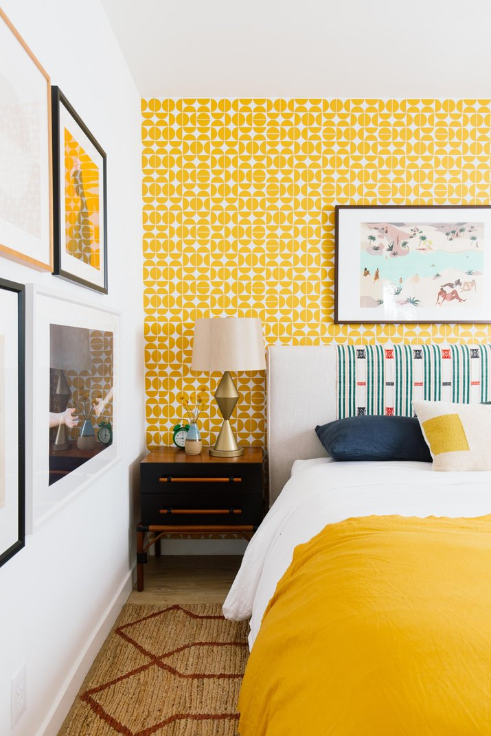 Trend Alert: Yellow and How to Use It in Home Decorating - Vinterior