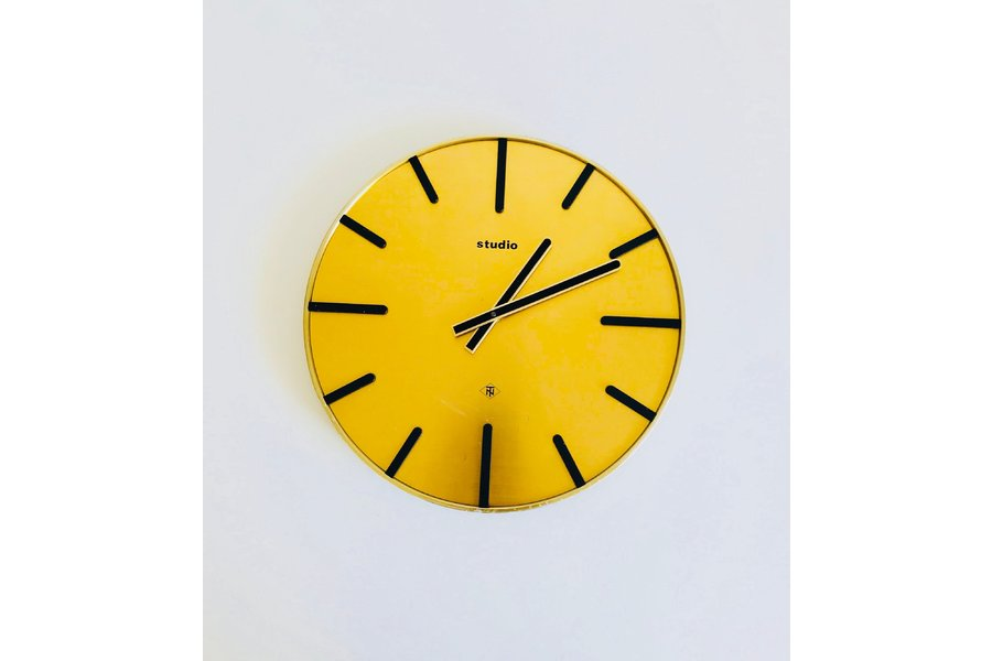 large_telenorma-studio-extraordinarry-wall-clock-12-24-volt-circular-full-brass-body-germany-1970s_0
