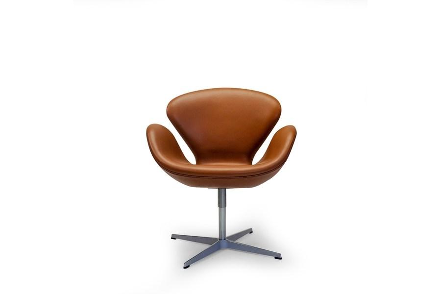 large_arne-jacobsen-swan-chair-by-fritz-hansen_0
