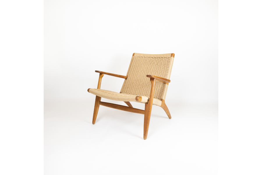 large_ch25-lounge-chair-by-hans-j-wegner